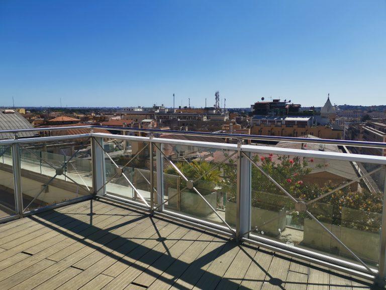 terrazza-albergo-palazzo-naiadi-copertina
