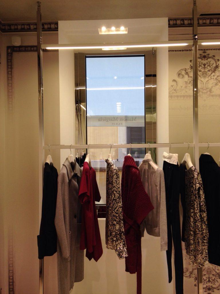 vetrina-negozio-via-del-babbuino-3